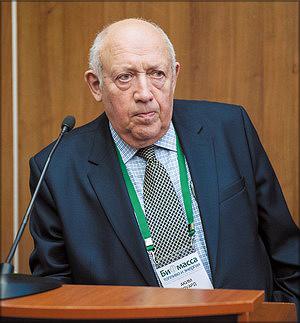 Эдуард Аким
