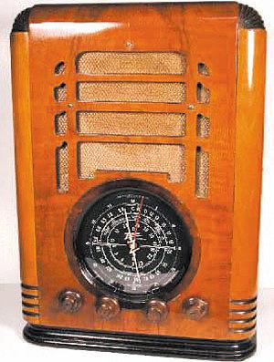 Изделия из фанеры – корпус радиоаппаратуры, радиоприемник ZENITH S-127, США, 1936 год