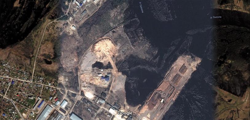 Свалка отходов деревообрабатывающей промышленности в г. Сыктывкаре (снимок из космоса)