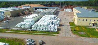 Общий вид склада древесины и производственной площадки