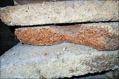 3. Утеплитель в подвальном перекрытии (срез пробкового покрытия)