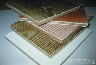 Рис. 1. Плитный слоистый материал из шпона специального назначения, разработанный в УГЛТУ