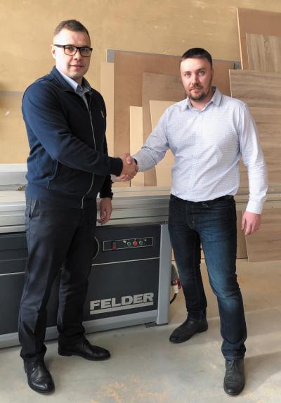 Директор столярной мастерской Иван Тормозов (слева) и менеджер по продажам Felder Group Россия Александр Хряков