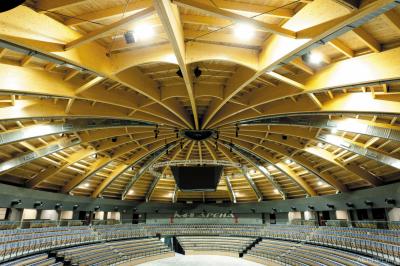 Многофункциональный спортивно-развлекательный комплекс «M-1 Арена» в Санкт-Петербурге