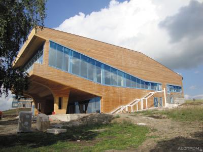 Концертно-лекционный зал на базе отдыха «Диостан» в Башкирии