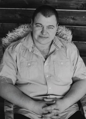 Антон Тихонов, директор мебельного салона «Барибал» (Тюмень)
