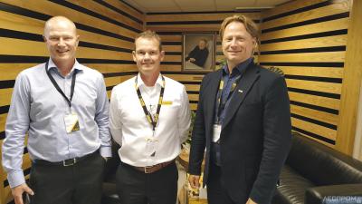 Слева направо: Ярмо Видгрен (директор Ponsse PLC по продажам и маркетингу), Яакко Лаурила (генеральный директор ООО «Понссе»), Юха Видгрен (председатель совета директоров Ponsse PLC)