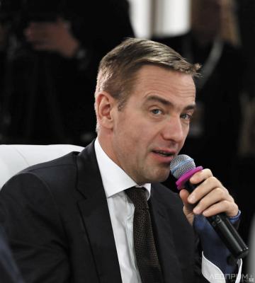 Первый заместитель министра промышленности и торговли России Виктор Евтухов