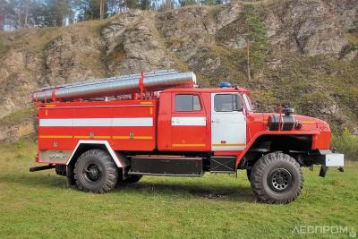 Автоцистерна пожарная АЦ-3,0-40