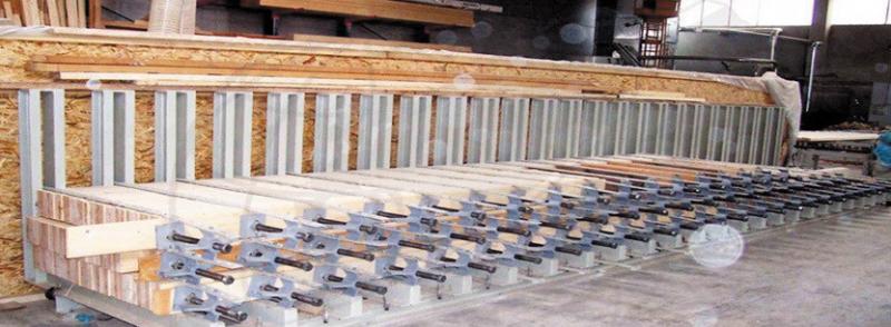 Рис. 4. Механический пресс для прессования клееных балок до 40 м
