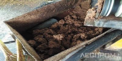 Рис. 3. Лигниноподобные отходы из экструдера