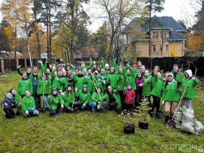 Волонтерский проект в «Зеленом цвете» (ООО «ДЛК», в составе холдинга GS Group)