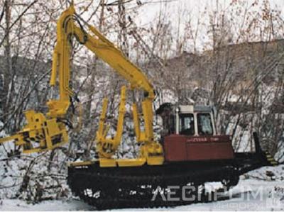 Рис. 1. Четыре одномашинных комплекса для проведения лесосечных работ по хлыстовым и сортиментным технологиям: а – валочно-трелевочная машина (вывозка деревьями);