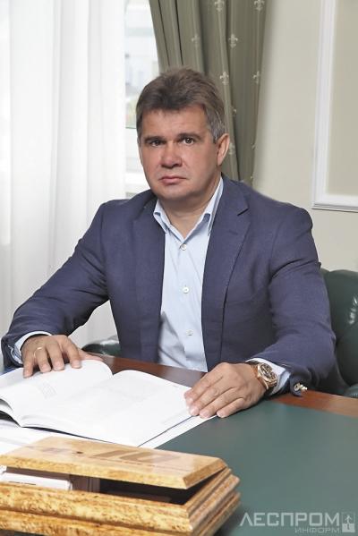 Генеральный директор Первой мебельной фабрики Александр Шестаков