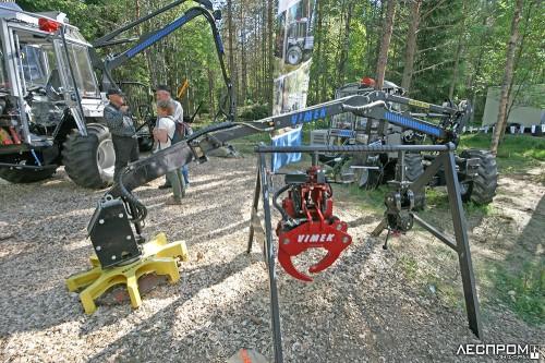 Мини-харвестер Vimek с набором агрегатов