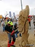 Создание деревянных статуй бензопилой