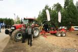 Трактор Case с форвардером-прицепом