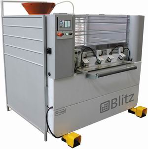 Шкантозабивной станок Blitz с ЧПУ (Vitap) предназначен для сверления, нанесения клея на заготовку и забивания шипов
