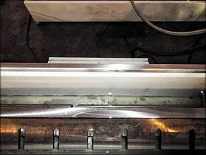 Этот же нож после 40-минутной заточки. Прямолинейность режущей кромки приведена в соответствие требованиям ГОсТ 6567-61