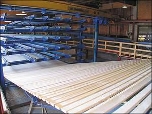 Этажная сортировка на производстве клееного бруса из строганых ламелей