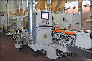 Станок Stefani Evolution SSB обеспечивает высокую точность деталей и оптимальное качество нанесения кромки