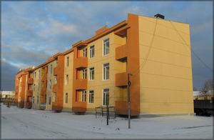 Рис. 3. Трехэтажный двухподъездный дом меридиональной ориентации на 36 квартир в г. Нягань Ханты-Мансийского автономного округа