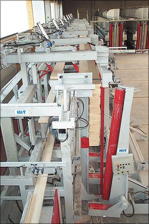 Рис. 8. Набор пакета на патерностере и загрузка в пресс на заводе Hüttemann Wismar. Изготовитель оборудования – компания HIT, Германия