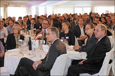 На празднование 50-летнего юбилея компании Polytechnik приехали гости из 21 страны