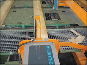 Рис. 14. Установка Microtec Viscan Plus на заводе Rettenmeier в г. Ullersreuth используется для сортировки сырых пиломатериалов по прочности