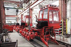 Главный конвейер Онежского тракторного завода