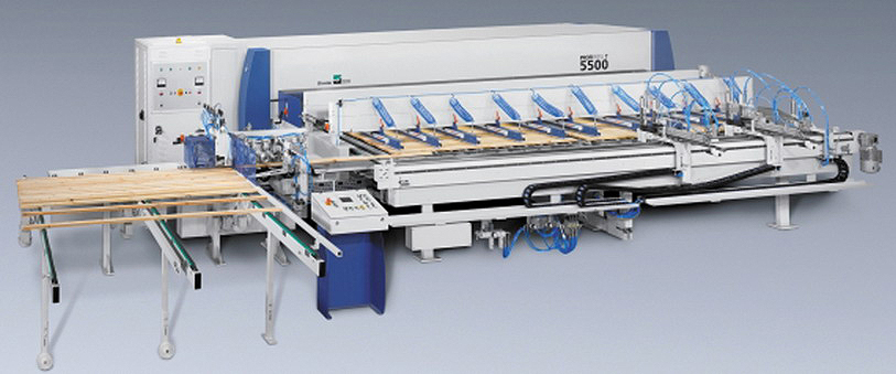 Рис. 6. Пресс для склеивания реечных щитов Dimter ProfiPress T5500 (Weinig Group, Германия)