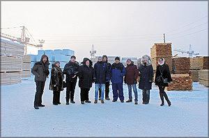 Участники пресс-тура на предприятии ООО «Азимут»
