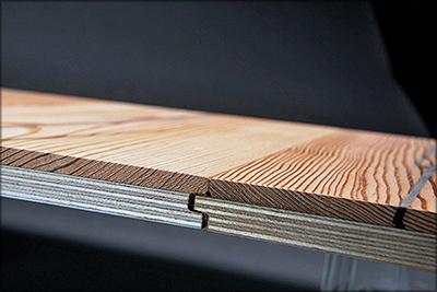 Рис. 10. Двухслойные паркетные доски («инженерный паркет») с лицевым слоем из старой древесины