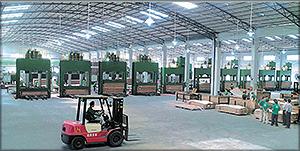 Рис. 2. Современный фанерный завод в г. Гуанчжоу, провинция Гуандун