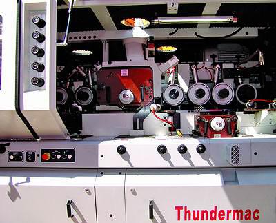 «Внутренности» четырехстороннего станка LEADERMAC Thundermac 1023
