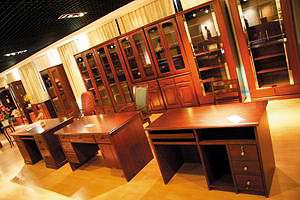 Демо-зал на китайской мебельной фабрике