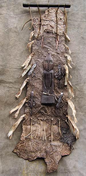 Онгон «Воин со стражей»