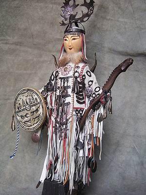 Средняя кукла-шаман