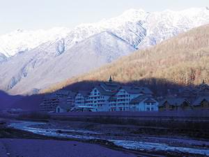 Красная Поляна. Будущий горнолыжный комплекс «Лаура» (сейчас достраивается силами «Газпрома») Октябрь, 2007 год