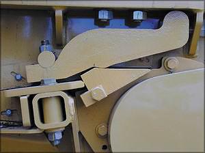 Упорная плита обеспечивает минимальный износ деталей в области измельчения