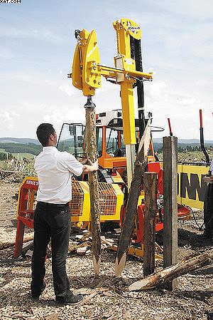 Фирма Rabaud представила навесные агрегаты для изготовления и вбивания кольев