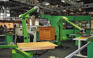 Роботы для покраски мебельных деталей