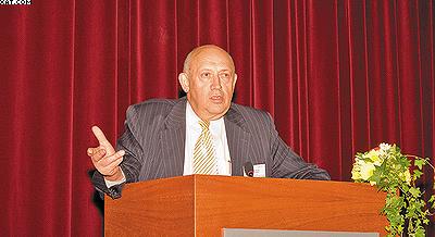 Эдуард Аким, комитет ФАО по бумаге и древесным продуктам