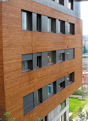 Использование термодревесины для внешней отделки зданий