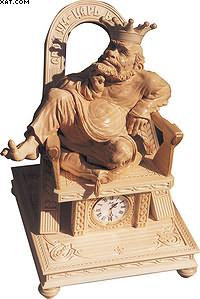 Часы «Царь». Липа. Высота – 45 см. Частная коллекция