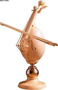 Пасхальное яйцо «симфония жизни». Отбеленный самшит, орех. Бронза, латунь. Высота с подставкой – 28,3 см