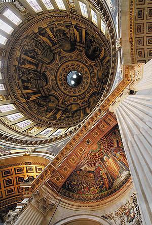 Центральный неф собора Св. Павла