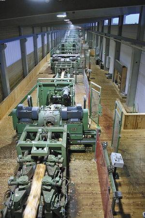 В 2008 году фирма SAB на заводе HMS-Holz (Германия) ввела в эксплуатацию линию Megaline 4PKA