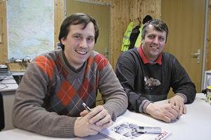 Герхард Кирхмайер, генеральный директор компании «МАДОК» (слева), и Манфред Хеллер, начальник производства (справа)