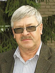 Владимир КИСЕЛЕВ, главный инженер фабрики «Миассмебель»